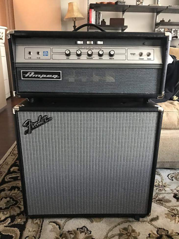Fender Rumble Cabinets - 2x10 vs  1x15 with Ampeg V-4B